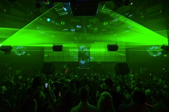 carl_cox_light_nightclub_green